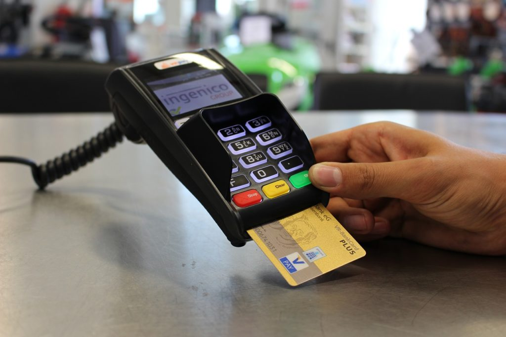 סליקת אשראי במכונה